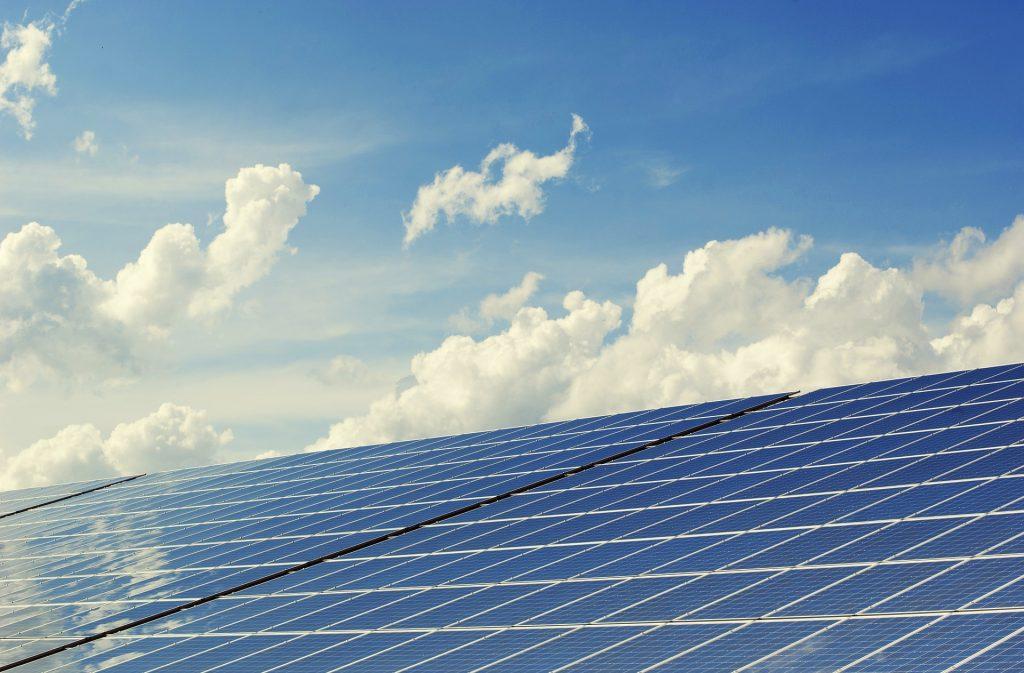 installateur panneaux solaires 1€